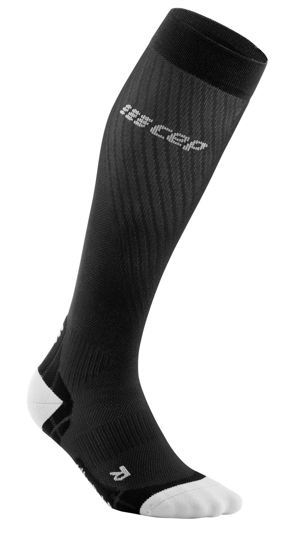 CEP run ultralight socks*, black/li